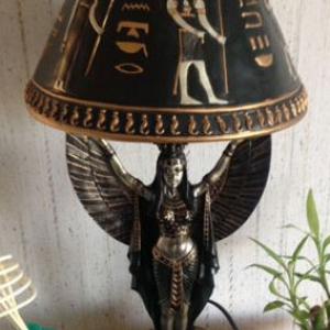 lampe-statue-egyptienne