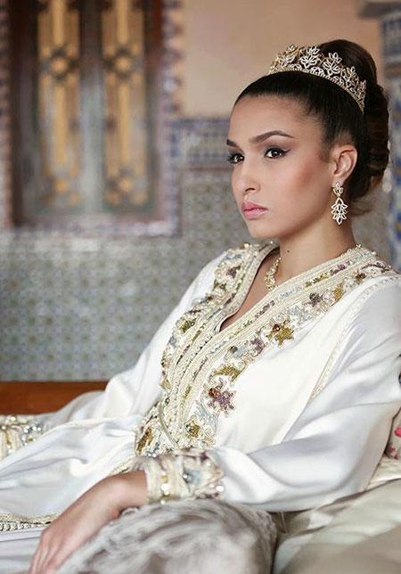 robe pour mariage religieux islam la mode des robes de france. Black Bedroom Furniture Sets. Home Design Ideas