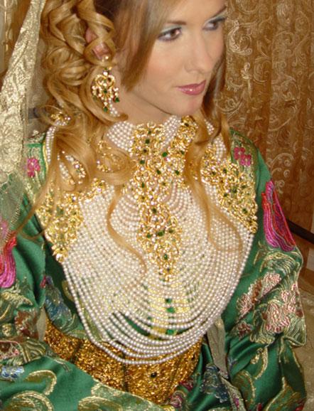 Robe de soiree traditionnelle orientale