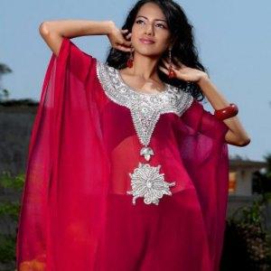 robe-dubai-rouge-bordeaux