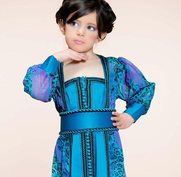 robe orientale enfant fille pas cher. Black Bedroom Furniture Sets. Home Design Ideas