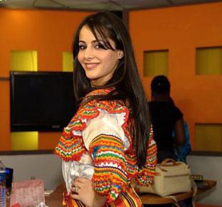 Choisir la bonne taille. La robe kabyle