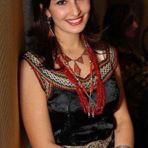 robe-kabyle-noir-mousseline