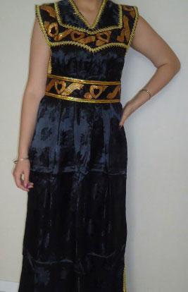 robe kabyle noir en dentelle pas cher. Black Bedroom Furniture Sets. Home Design Ideas