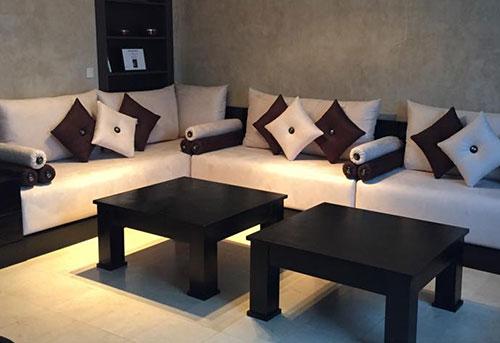 avec un design plus fluide ce mobilier originaire du maroc sintgre naturellement dans tous types de dcorations contemporaines - Salon Marocain Sahraoui