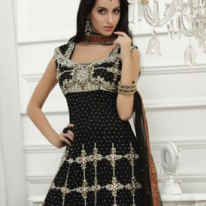 salwar-kameez-noir-argent