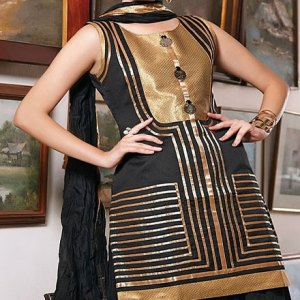 salwar-kameez-noir-dore
