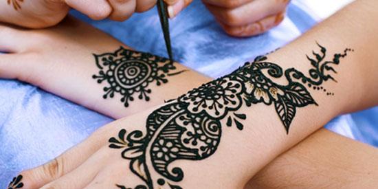 La cérémonie du henné