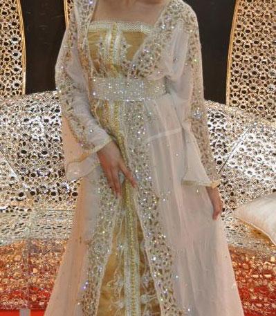 caftan marocain blanc perle et strass