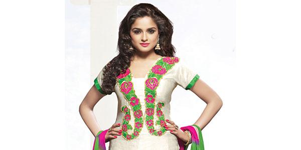 Sari Pantalon Indien Une Tenue Femme Haute Couture Et De Luxe